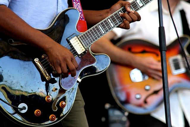 גיטרה חשמלית - איך זה עובד