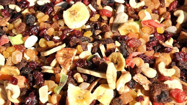 משלוחי פירות יבשים - המתיקו את היום ליקרים לכם